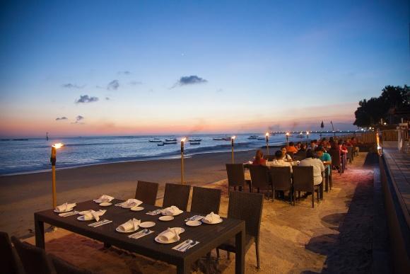 巴厘岛金巴兰oceana海景餐厅海鲜bbq(可选龙虾套餐)