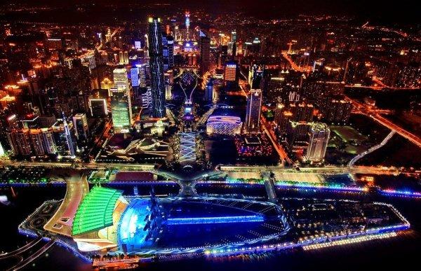 万亿gdp城市_夜晚城市图片(3)