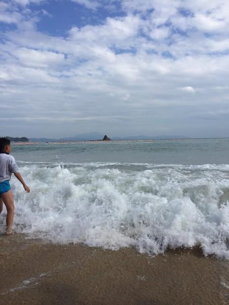 天气很给力,大爱蓝天白云海水!