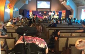 【温哥华岛图片】孩子们参加 Comox Valley 科莫克斯谷教会的夏令营