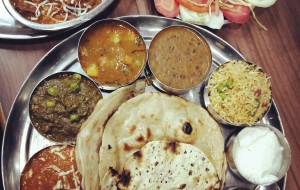瓦拉纳西美食-The Keshari Restaurant