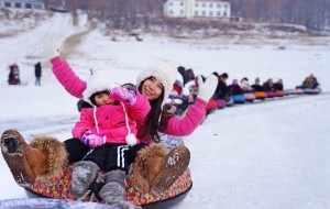 【松花湖图片】南方四岁萌娃滑雪记 奔走吉林万科松花湖(西武王子酒店)