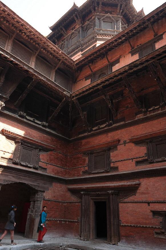 榫卯结构的皇宫建筑