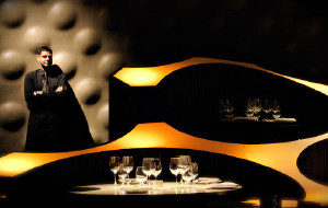 孟买美食-蓝娃酒吧