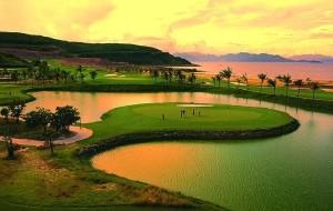 越南娱乐-芽庄竹岛高尔夫俱乐部