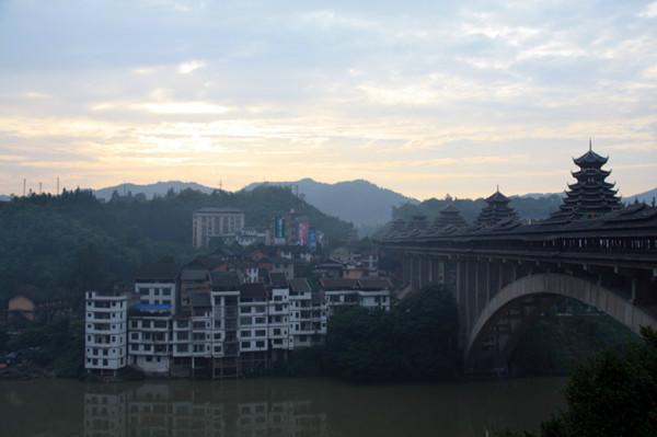 三江侗族自治县八寨风光 程阳风雨桥