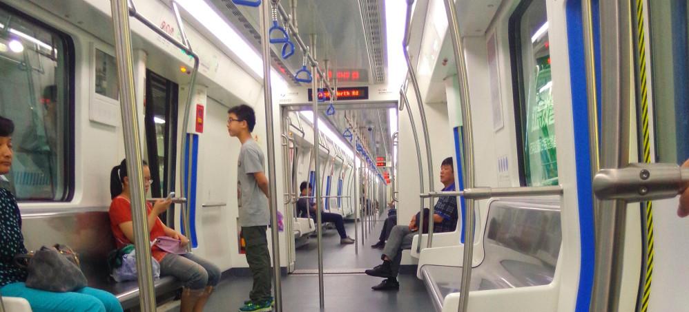 杭州地铁首末班车时间分别是几点,杭州地铁的运营时间有多久