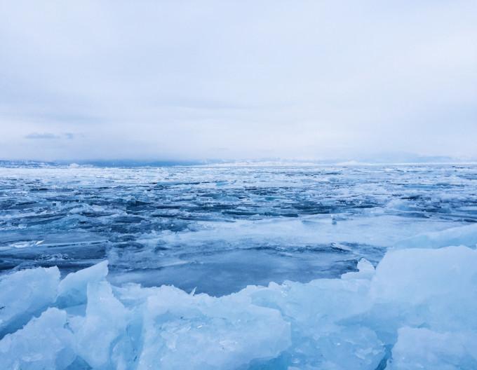 贝加尔湖冰面上的骑攻略,贝加尔湖自助游行者-马蜂窝韩国sat攻略图片