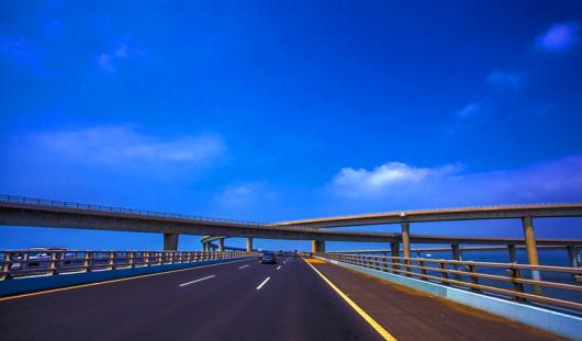 【青岛经典必玩】青岛出发,跨海大桥 海底隧道 小珠山