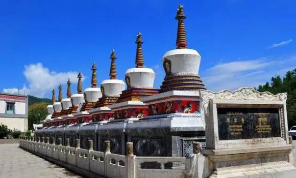 【塔尔寺】 和藏民们一起转塔
